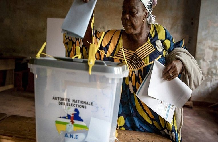 Central African Republic election: Polls open amid fears of more violence