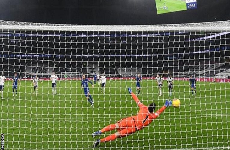 Champions League top-four race: Chelsea take control as Leicester lose grip