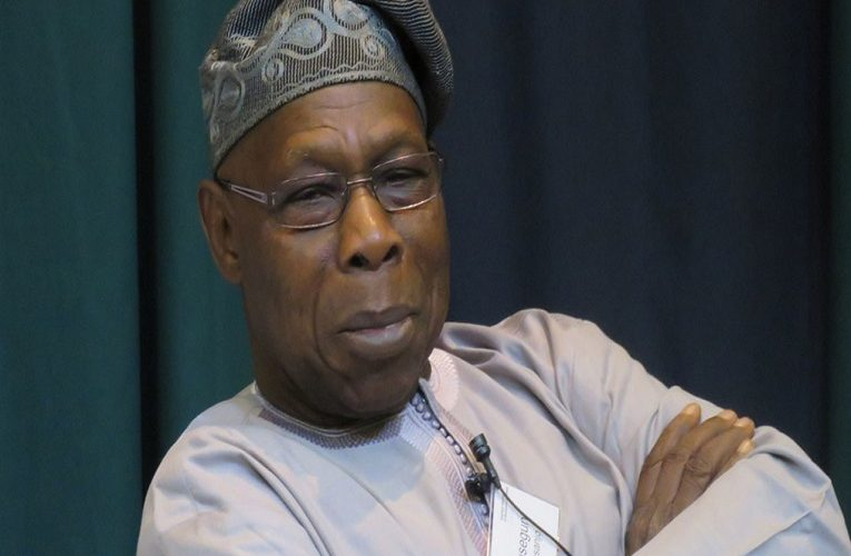 State Of The Nation: Obasanjo Holds Closed-Door Meeting With SDP Leaders
