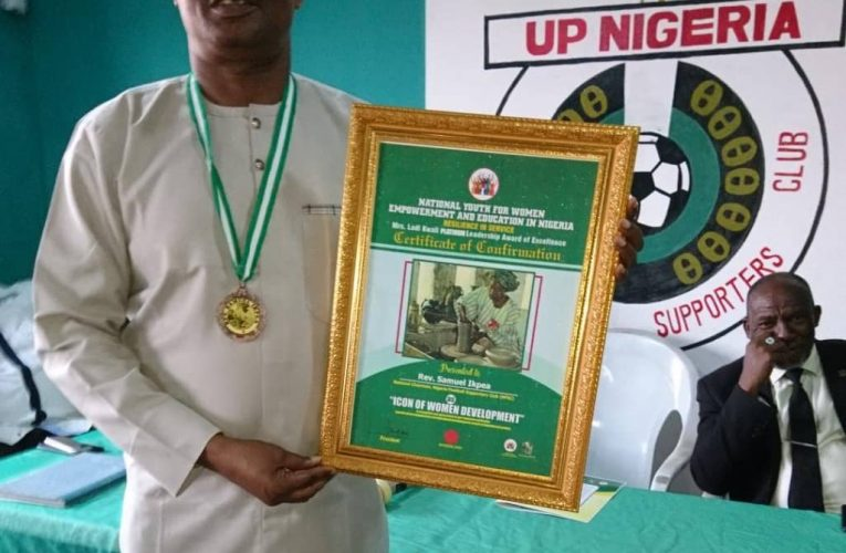 NFSC Chairman Bags National Youth for Women Empowerment Platinum Leadership Award