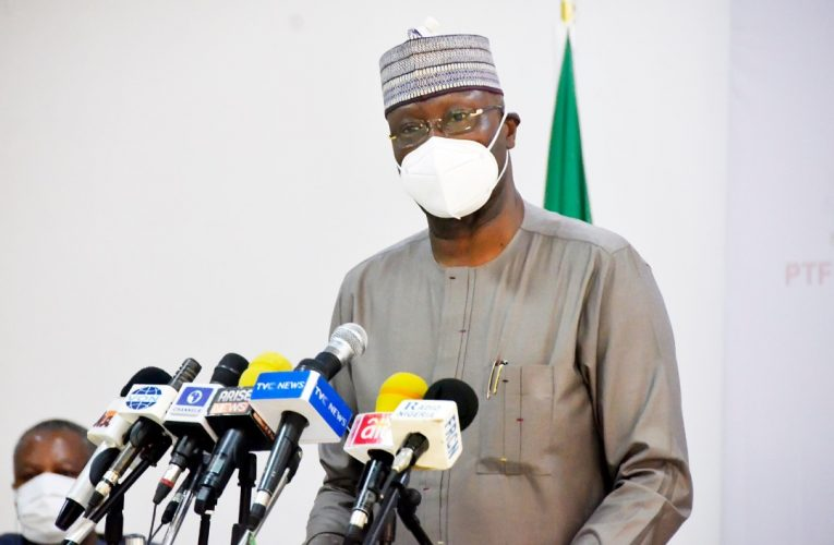 Unvaccinated civil servants will be barred from work, govt offices: FG